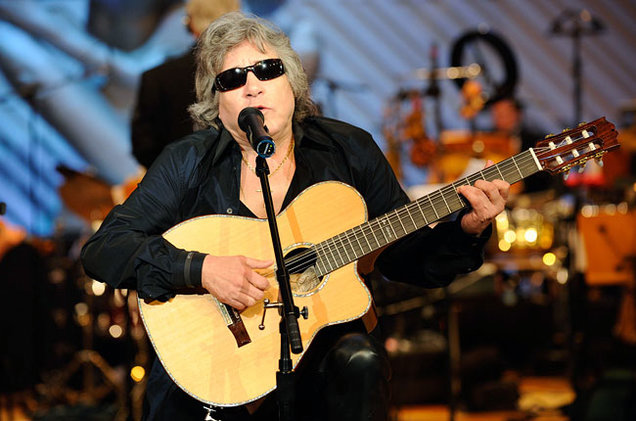 jose-feliciano-latin-hall-of-fame-show-650-430.jpg
